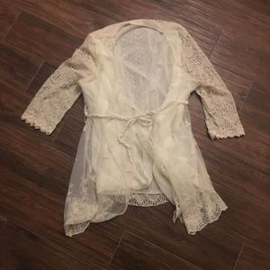 ModCloth Sweaters - ModCloth NWOT Cream Delicate Lace&Floral Cardigan