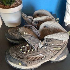 Vasque Shoes - Vasque Professional Hiking Boots