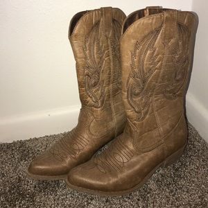 coconuts Shoes - Light brown cowboy boots - only worn once