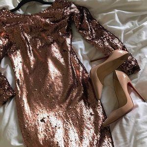 Motel Rocks Dresses & Skirts - Rose gold sequin dress