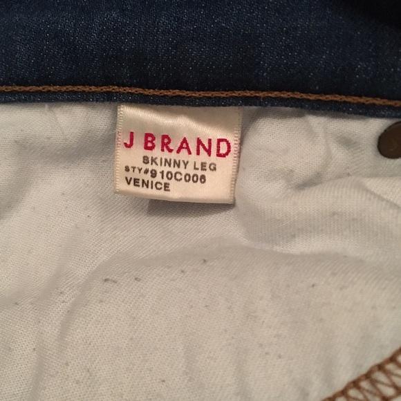 36 off j brand denim sale j brand 811 skinny leg jeans in venice wash from adriana 39 s closet. Black Bedroom Furniture Sets. Home Design Ideas
