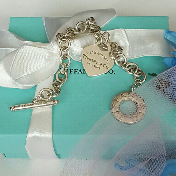 Toggle Charm Bracelet: 31% Off Tiffany & Co. Jewelry