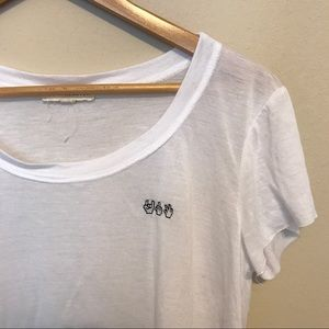 PacSun Tops - Hand signs crop top