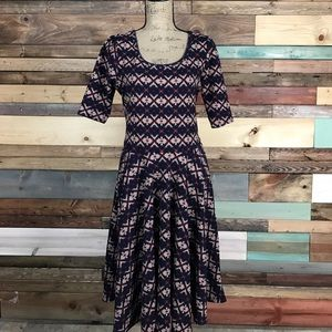 Lularoe Nicole Textured Navy Red Tan Pattern Dress