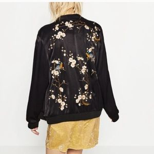 Zara floral embroidered jacket small