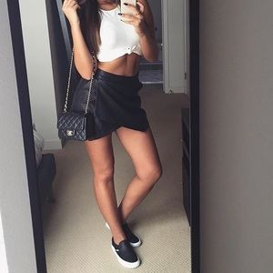 Forever 21 Dresses & Skirts - S BLACK FAUX LEATHER MINI SKIRT
