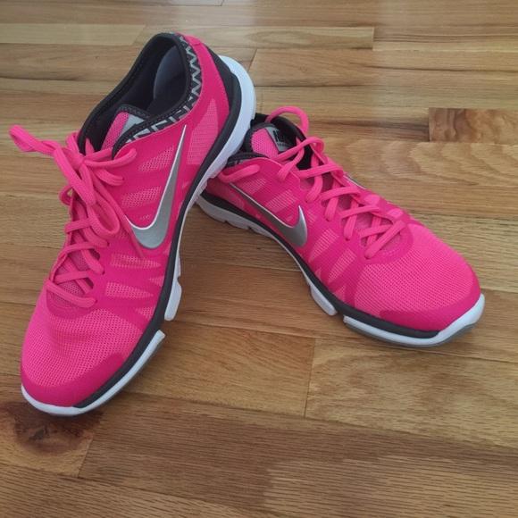 le scarpe nike rosa formazione flex supremo tr3 8 poshmark