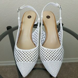 Common Projects Shoes - NWOT C P White Sling Back Heels