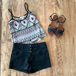 Sans Souci Tops - ‼️Flash Sale‼️ Aztec Crop Top