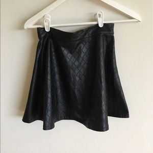 Dresses & Skirts - Black short Leather look skater mini skirt