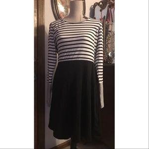 Ya Los Angeles Dresses & Skirts - Black and White Striped Long Sleeve Dress NEW