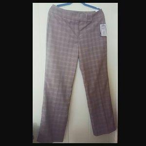 Gloria Vanderbilt Pants - Gloria Vanderbilt Helen Slimming Pants Size 10 NWT