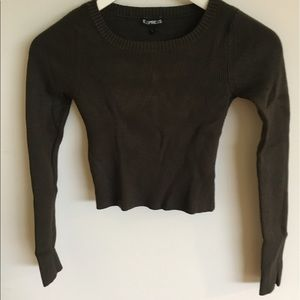 Tops - Green Express crop top knitted sweater