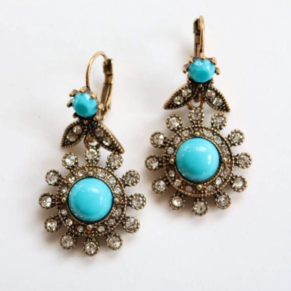 a15e7e7044549 Antique Gold Turquoise Earrings.