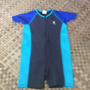 TYR Other - Children's tyr wetsuit size 9/10