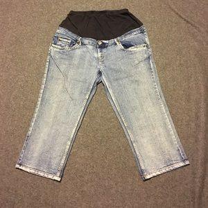 Oh! Mamma Denim - Maternity Capri jeans