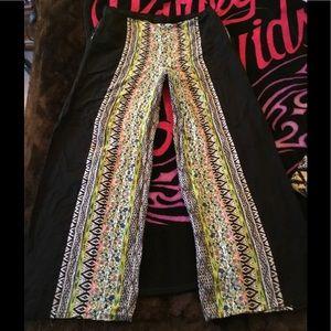 Boho Gypsy Sisters Pants - LG~SUPER 😎 COOL BOHO TRIBAL/BLACK FLARE PANTS~NWT