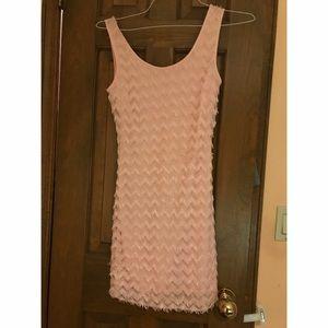 Dresses & Skirts - Pink textured dress XS
