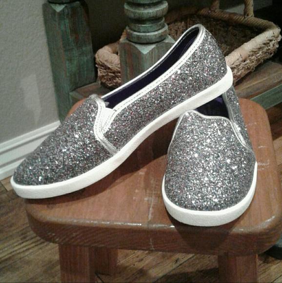 Avon Shoes - Avon Memory Foam Sparkle SLIP ON sneaker