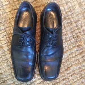Johnston & Murphy Other - Men's Johnston and Murphy black dress shoes sz 9M