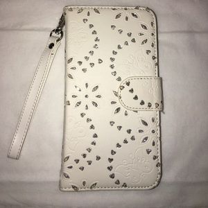 Monsoon Accessories - Samsung S5 Phone Case. Card slots & wristlet