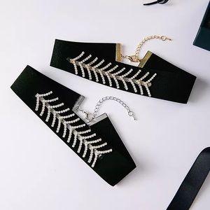 17basics Jewelry - 🌸SPRING SALE🌸17Basics ASPEN choker necklace