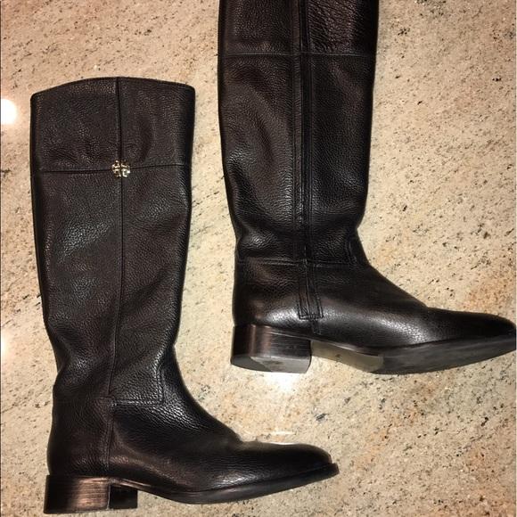 c0c175505ec5a Tory Burch Jolie Riding Boot. M 59238a4c3c6f9f78b401e653