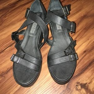 Deena & Ozzy Shoes - Deena & Ozzy black platforms