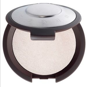 BECCA Other - BECCA shimmering skin perfector pressed