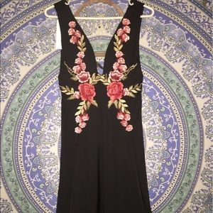 PacSun Dresses & Skirts - Embroidered dress