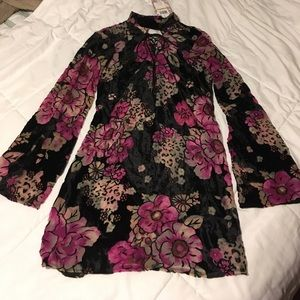 Band of Gypsies Dresses & Skirts - NWT Band of Gypsies Nordstrom Floral Dress
