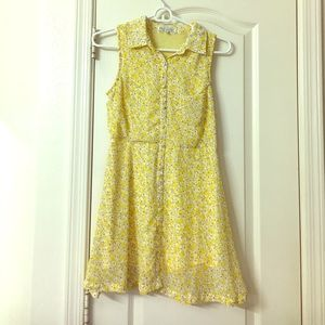 Lucca Couture Dresses & Skirts - Yellow floral dress w/ buttons