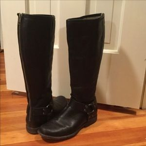 Frye Shoes - FRYE Phillip Harness Black boots ❤️offers welcome