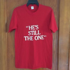 "Vintage Tops - VTG 80's ""he's still the one"" tee"