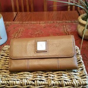 Tignanello Handbags - Tignanello Caramel Leather Wallet