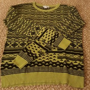Forever 21 Sweaters - Junior sweater with bold geometric print