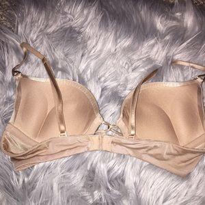 Victoria's Secret Intimates & Sleepwear - VS bombshell bra