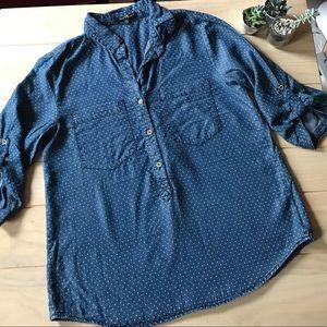 velvet heart Tops - 🇺🇸SALE🇺🇸Velvet heart maternity denim shirt