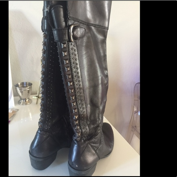 Vince Camuto Shoes - Vince Camuto Bollo Black Boots Size 10