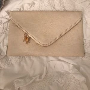 francescas Handbags - Neutral envelope style clutch with gold chain