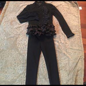 🌷Super Cute and Skinny ZARA Black Pants.