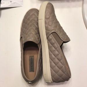 Steve Madden Shoes - Steve Madden Ecentrcq Slip On Sneakers