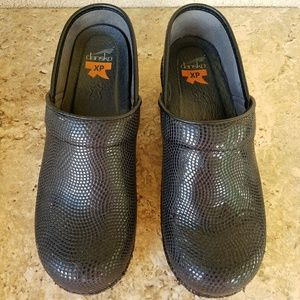 Dansko Shoes - Dansko XP Professional Clogs Size 39