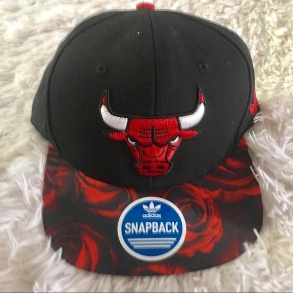 bf0db7392dc NWT Adidas Chicago Bulls Derek Rose SnapBack Hat