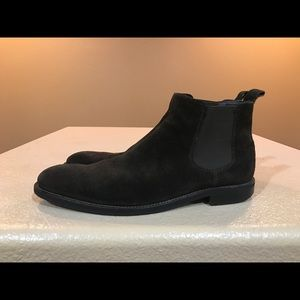Gordon Rush Other - Gordon Rush Chelsea Boots dark brown suede