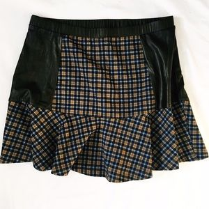 hem & thread Dresses & Skirts - Hem & Thread plaid mini skirt