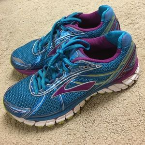 Brooks Shoes - Women's brooks running shoes