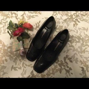 Rockport Shoes - NAVY BLUE HEEL