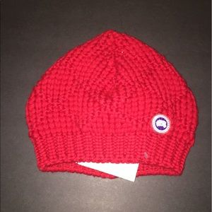 Canada Goose Accessories - Canada Goose Slouchy Basketweave Wool RED Beanie