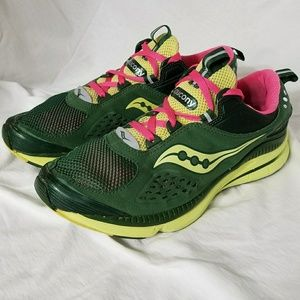 Saucony Shoes - SAUCONY Sz 9.5 Green & Pink Athletic Shoes